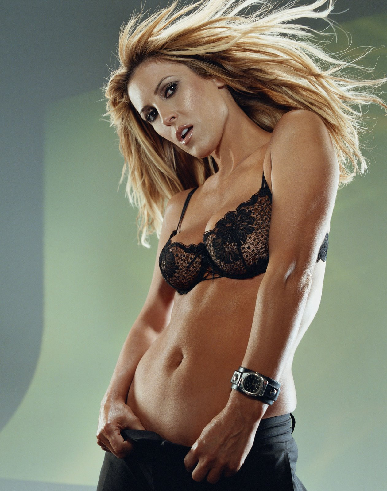 Nicole Briscoe Hot http://sammyvegas.wordpress.com/2008/07/18/fox-sports-vs-espn-who-ya-got/