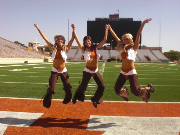 texas longhorns cheerleaders 1 Photos | Texas Longhorns Cheerleaders at DKR Texas Memorial Stadium